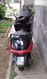 Piaggio X8