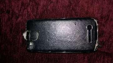 Iphone 4 32GB SIM free, sa baterijom, u futroli