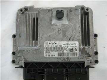 Motorni kompjuter 0281018228  EDC17C10