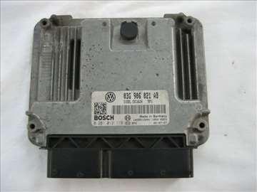 Motorni kompjuter VW Passat B6 2.0 pdtdi