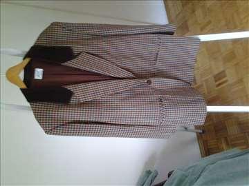 Prodajem zenski sako