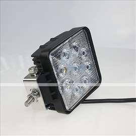 LED Reflektor 10V - 30V   27W 2000 Lm