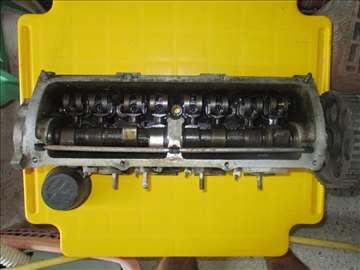 Glava motora sa bregastom za VW Golf 1