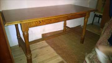 Prodajem hrastov sto i stolice