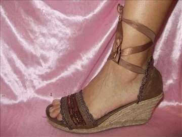 Braon sandale na vezivanje