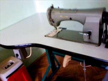 Industrijska mašina za šivenje Necchi