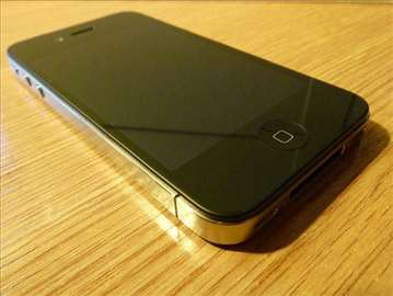 Prodajem iPhone 4 (16GB)