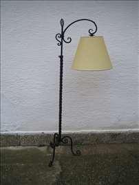 Bečka stilska podnostojeća lampa