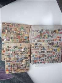 Prodajem značajnu kolekciju značaka
