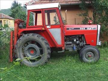 Prodajem traktor-odlično stanje