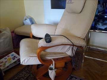 Fotelja masažer. nova