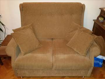 Trosed, dvosed, 2 fotelje i tabure