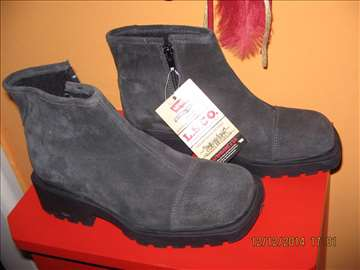 Levis - ravna cipela