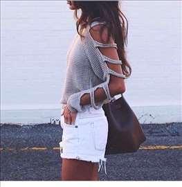 Džemper - trake na rukavima