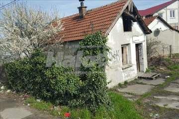 dve kuće u Borči, vlasnik