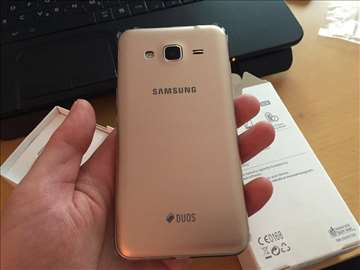 Samsung J3 2016 j320 mobilni telefon