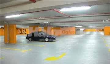 Izdajem podzemnu garažu u Nišu, Dušanova ulica