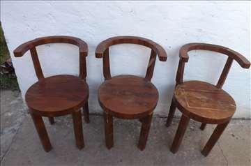 Stolice-2 komada