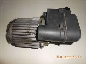 Motor od pumpe za pranje
