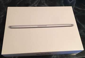 Apple MacBook Pro 15,4 16 GB