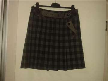 Siva karirana suknja br. 42