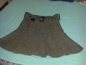 Siva suknja broj 42