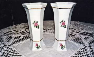 Dve vaze bliznakinje
