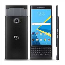 Blackberry mobilni telefon