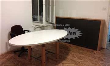 Izdavanje poslovnog prostora, Vlasnik, Palmotićeva