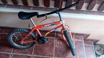 Crveni Passat dečji bicikl
