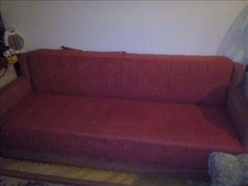 Prodajem kauč i dvosed