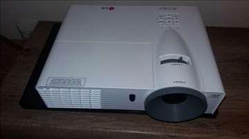 Projektor LG BE320