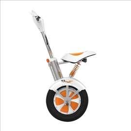 A3 skuter na električni pogon