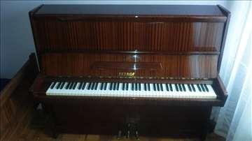 Pianino Petrof na prodaju