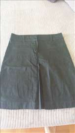 Crna suknja sa faltama Zara