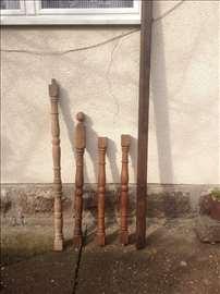 G. Milanovac, drveni stubići, rukohvat (gelender)