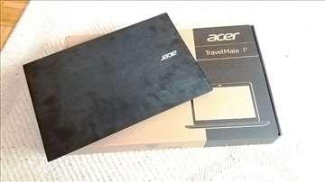Laptop Acer, nekorišćen.