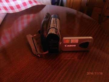 Prodajem kameru Canon 2000 digital 200m
