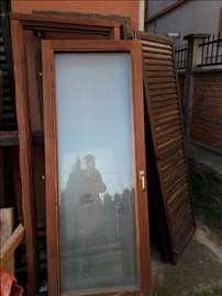 Prozori i balkonska vrata od drveta, polovna