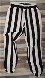 Prugaste široke pantalone Mia