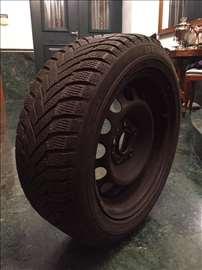 4 Dunlop gume205/55/R16 RUNFLATsa 4 celicne felne