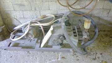 Troklipna pumpa za bušenje bunara