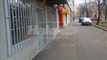 Izdajem lokal Bulevar Zorana Đinđića