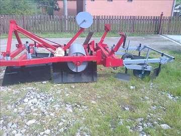 Mašina za postavljanje folije