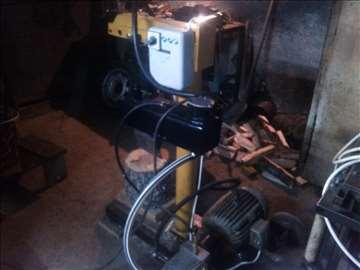 Pokretni hidraulični cepač