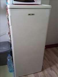 Na prodaju frižider Zanussi