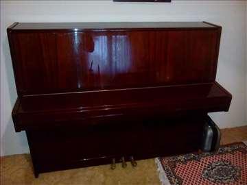 Pianino Petrof
