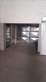 izdajem garaze za parkiranje motora ili magacin