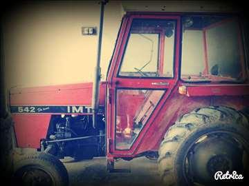 Prodajem polovan traktor