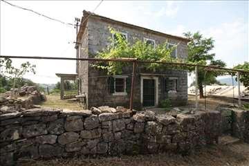 kamena mediteranska kuća 1.5km od Herceg Novog
